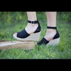 NIGHT ON THE TOWN ESPADRILLES IN BLACK